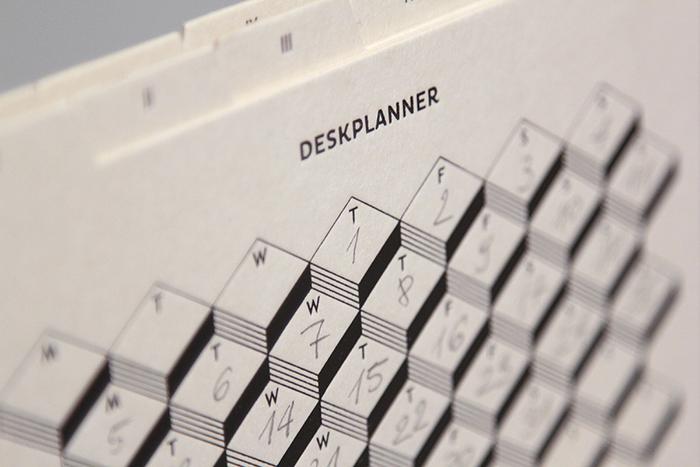 Paper Love Deskplanner