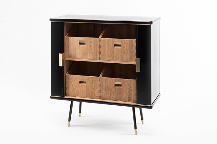 Cabinet S